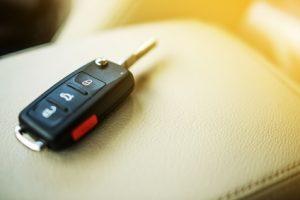 Autoschlüssel im Auto